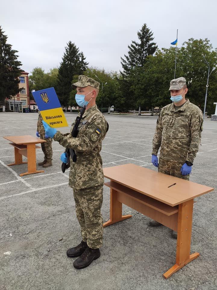 У Кам'янці-Подільському 16 військових контрактників склали присягу, фото-4, Фото: 201 Навчальний Центр