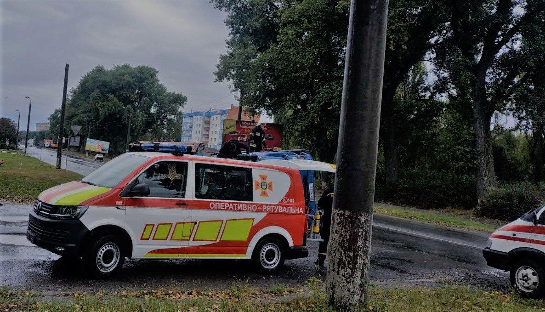 """У Кам'янці-Подільському перекинувся вантажний автомобіль , фото-3, Фото: """"Служба порятунку 101 Кам'янець-Подільський"""""""