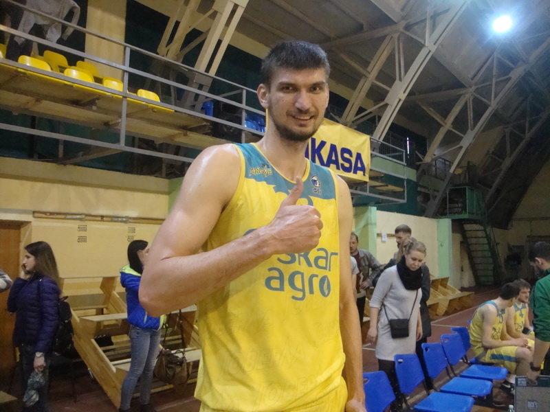 """За кам'янецьку баскетбольну команду """"Didibao"""" грає найвища людина України, фото-1, Фото: мережа Інтернет"""