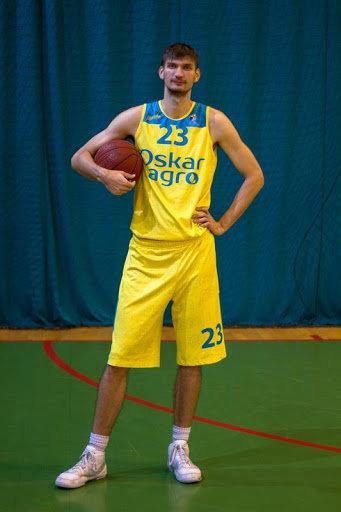"""За кам'янецьку баскетбольну команду """"Didibao"""" грає найвища людина України, фото-2, Фото: мережа Інтернет"""