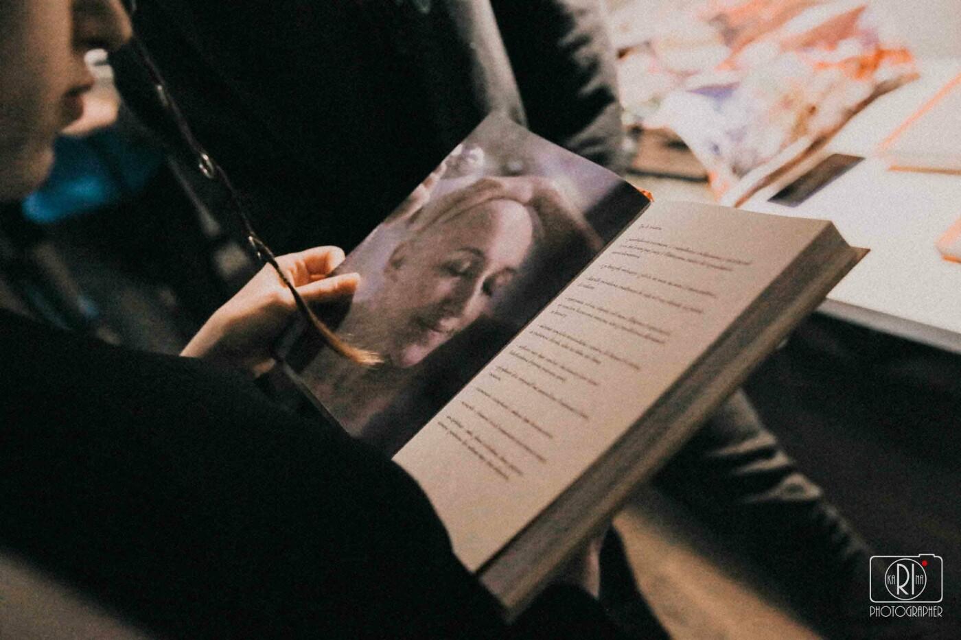 """Кам'янчани можуть безкоштовно почитати книгу """"Мистецтво жити під час хіміотерапії"""", яку чекали по всій Україні, фото-3"""