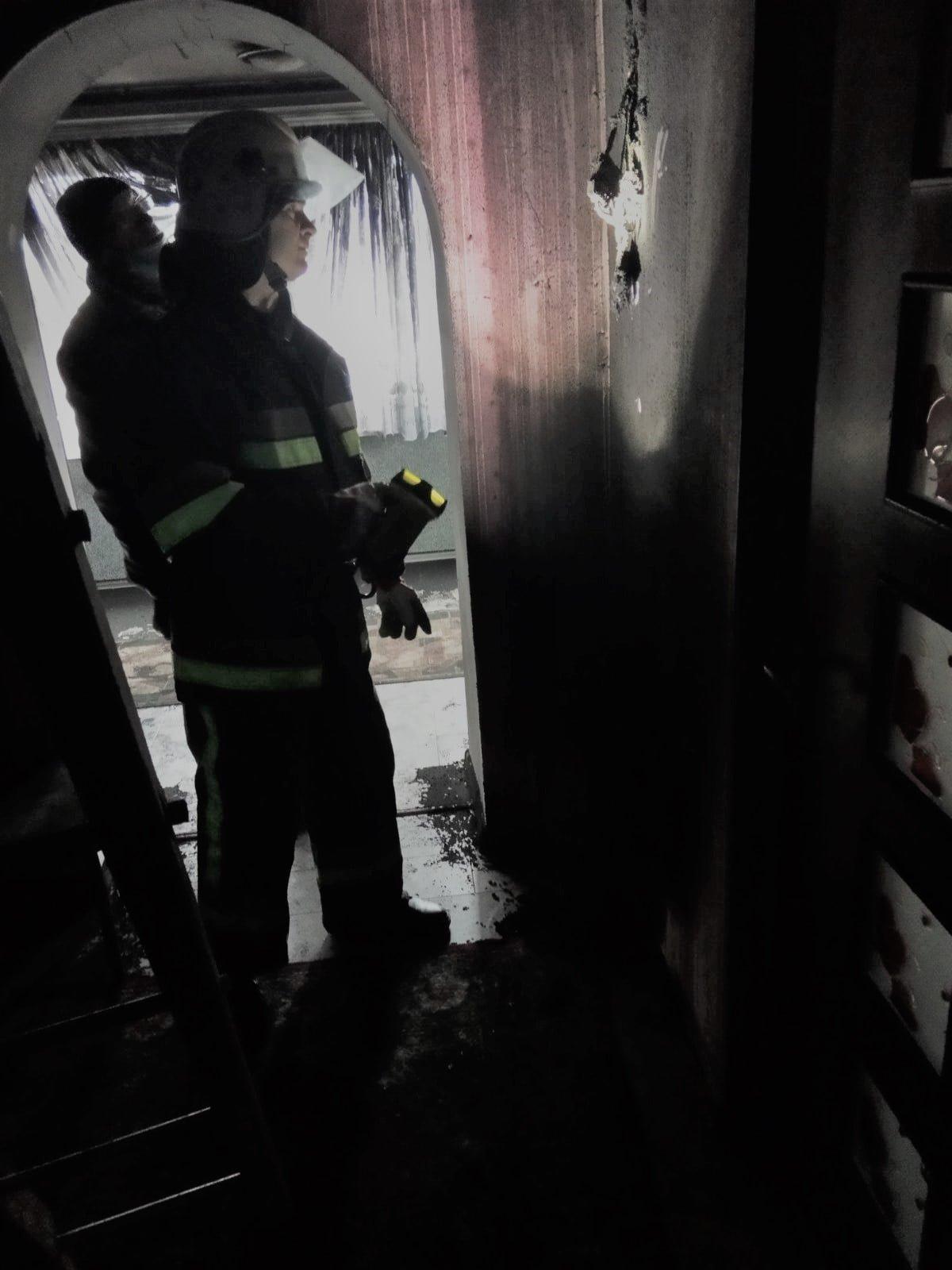 """У Фурманівці пожежа житлового будинку, Фото: """"Служба порятунку 101 Кам'янець-Подільський"""""""