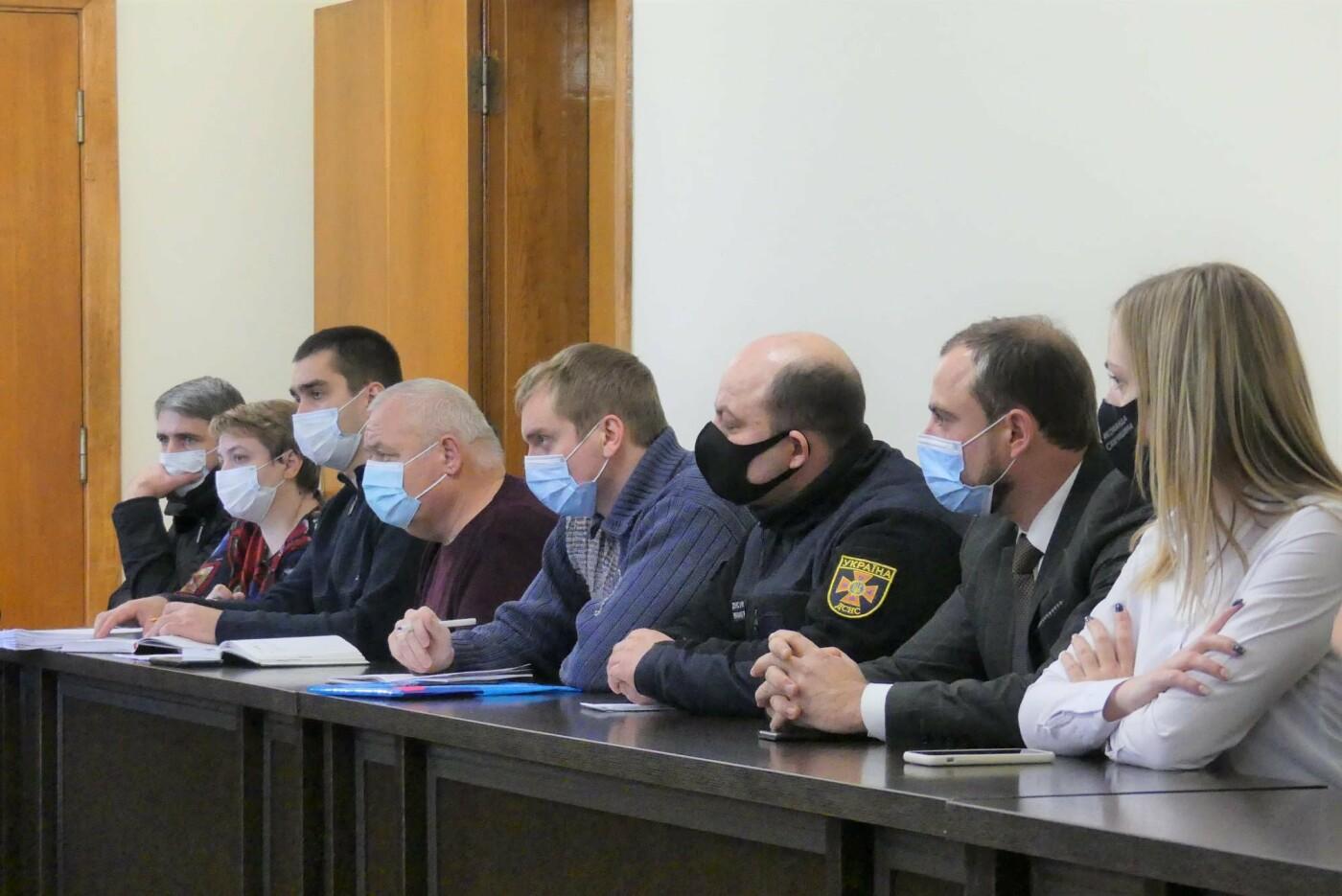 Представники бізнесу та структурних підрозділів міської ради, Фото: Кам'янець-Подільська міська рада