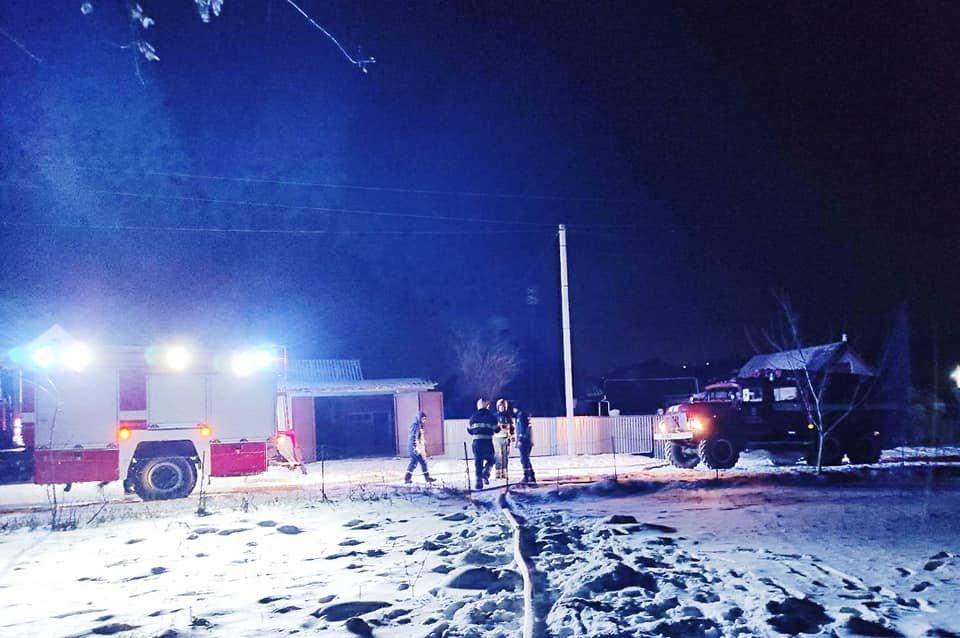 """Пожежа в Голоскові, Фото: """"Служба порятунку 101 Кам'янець-Подільський"""""""
