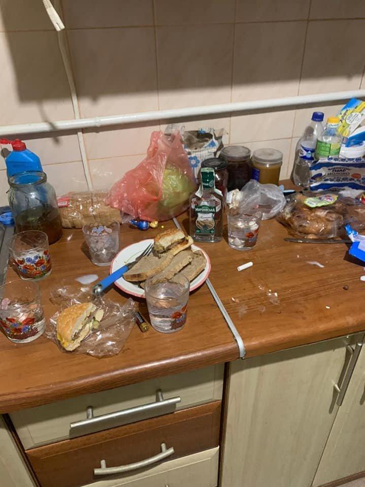 У Кам'янці-Подільському 10-річна дівчинка, просила у продавця допомоги через п'яну..., фото-2, Фото: Кам'янець-Подільське районне управління поліції