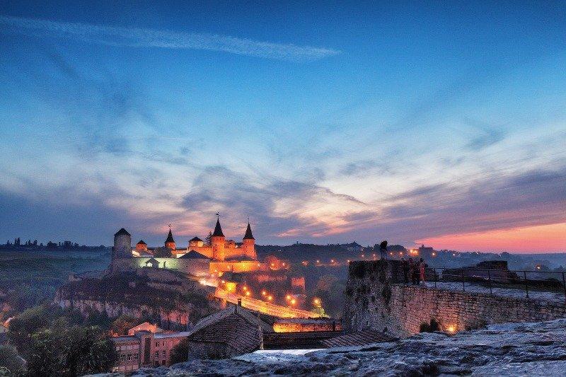 Кам'янець-Подільський потрапив в трійку найкрасивіших міст з вечірніми пейзажами, фото-7