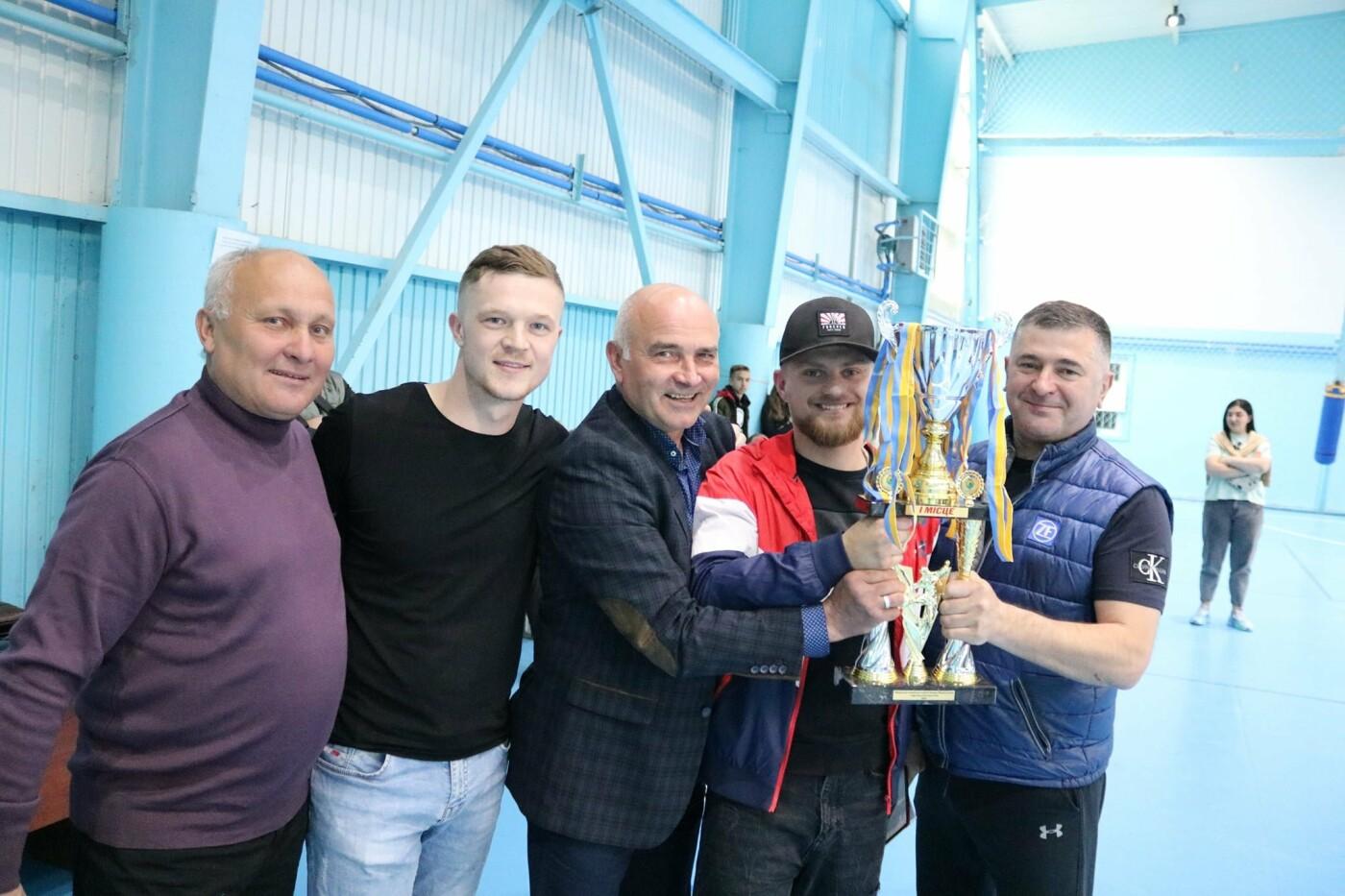 У Кам'янці вперше проходив чемпіонат з футболу серед любителів та професіоналів, фото-7