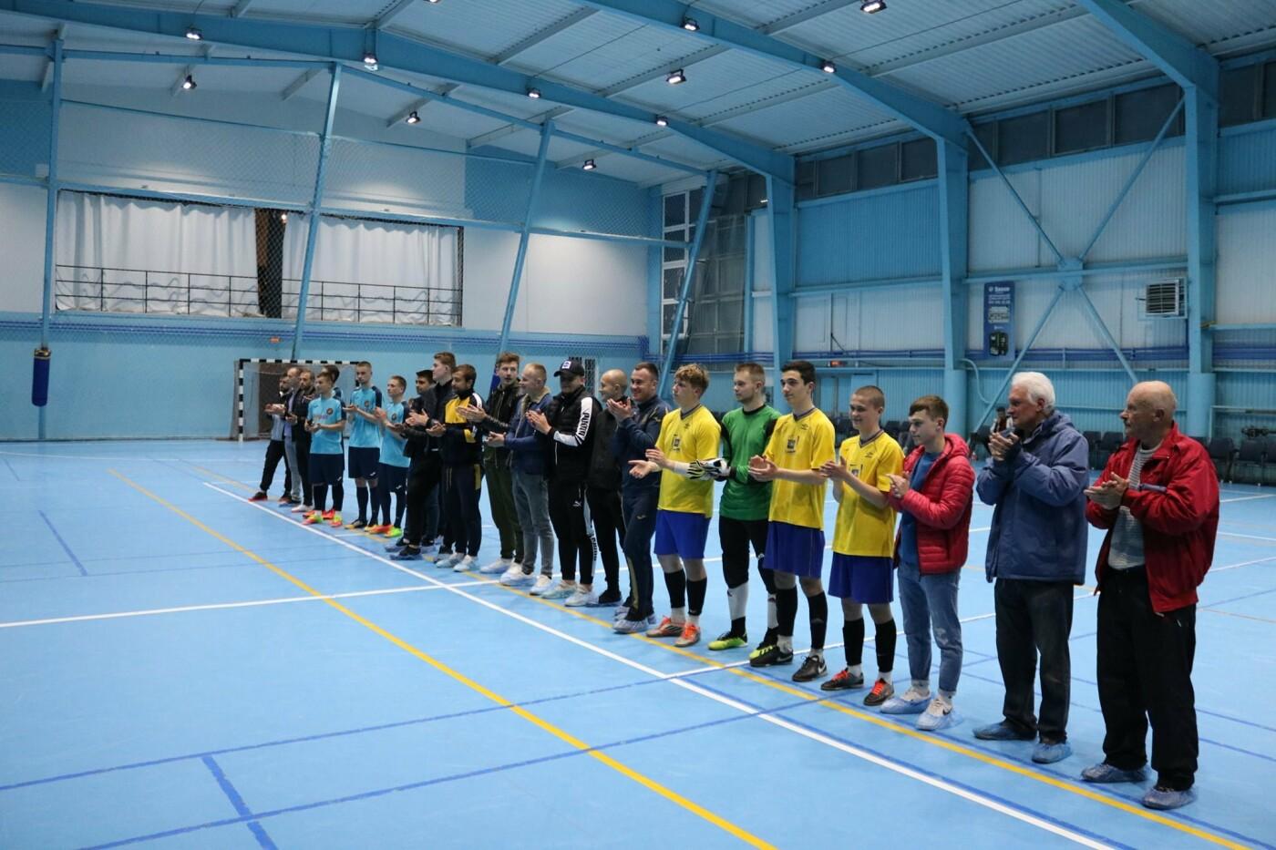 У Кам'янці вперше проходив чемпіонат з футболу серед любителів та професіоналів, фото-10