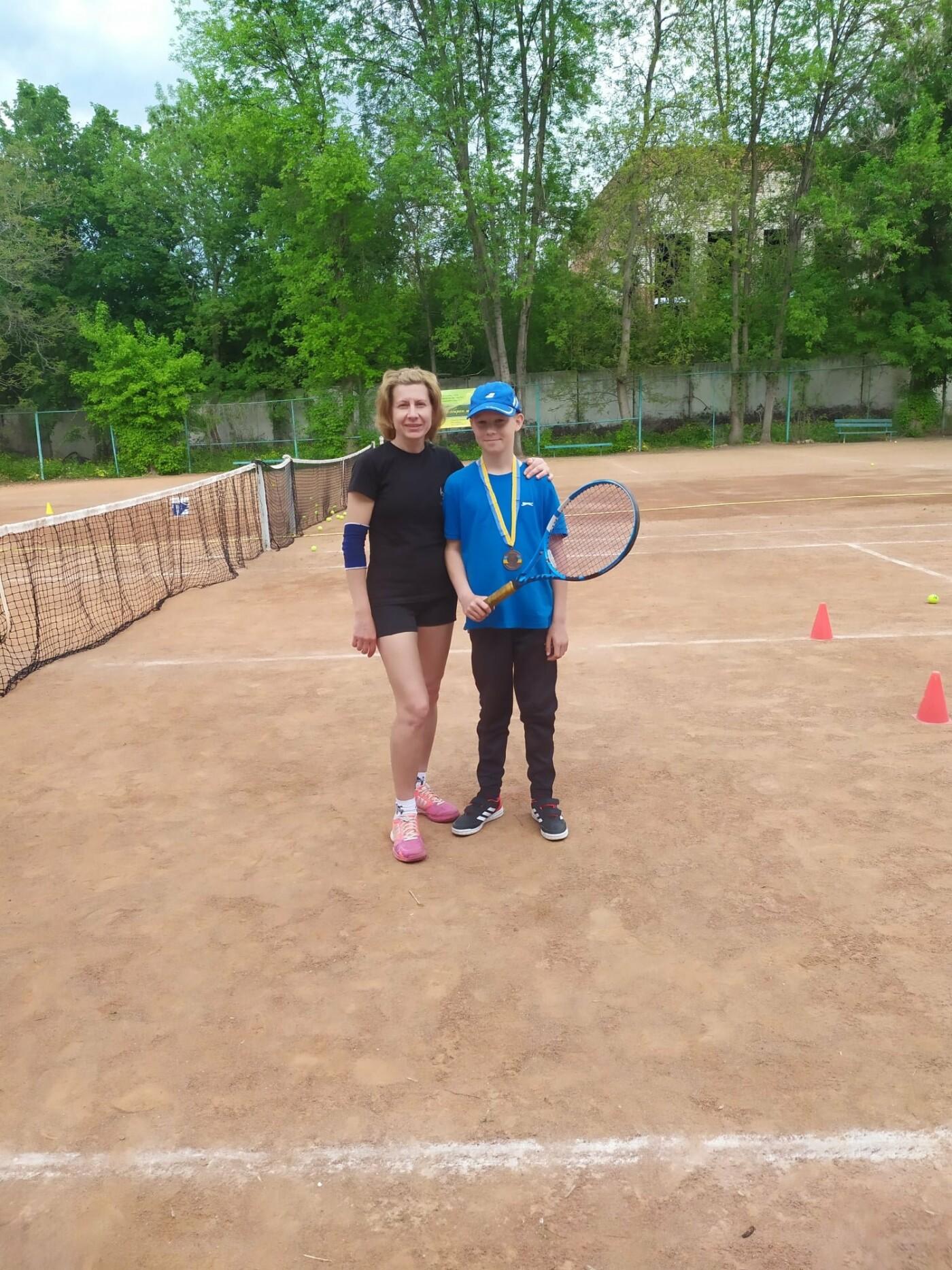 Вихованці ДЮСШ №2 — переможці Чемпіонату області з тенісу, фото-1