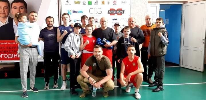 Кам'янецькі спортсмени в Чернівцях завоювали турнір з боксу, фото-1