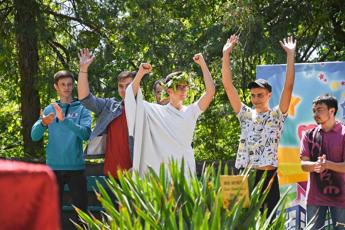 У Ботанічному саду відбулася студентська ліга гумору, фото-24