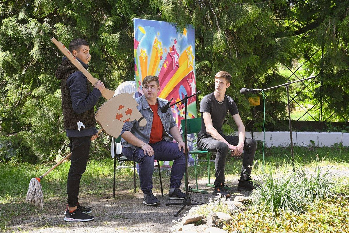 У Ботанічному саду відбулася студентська ліга гумору, фото-23
