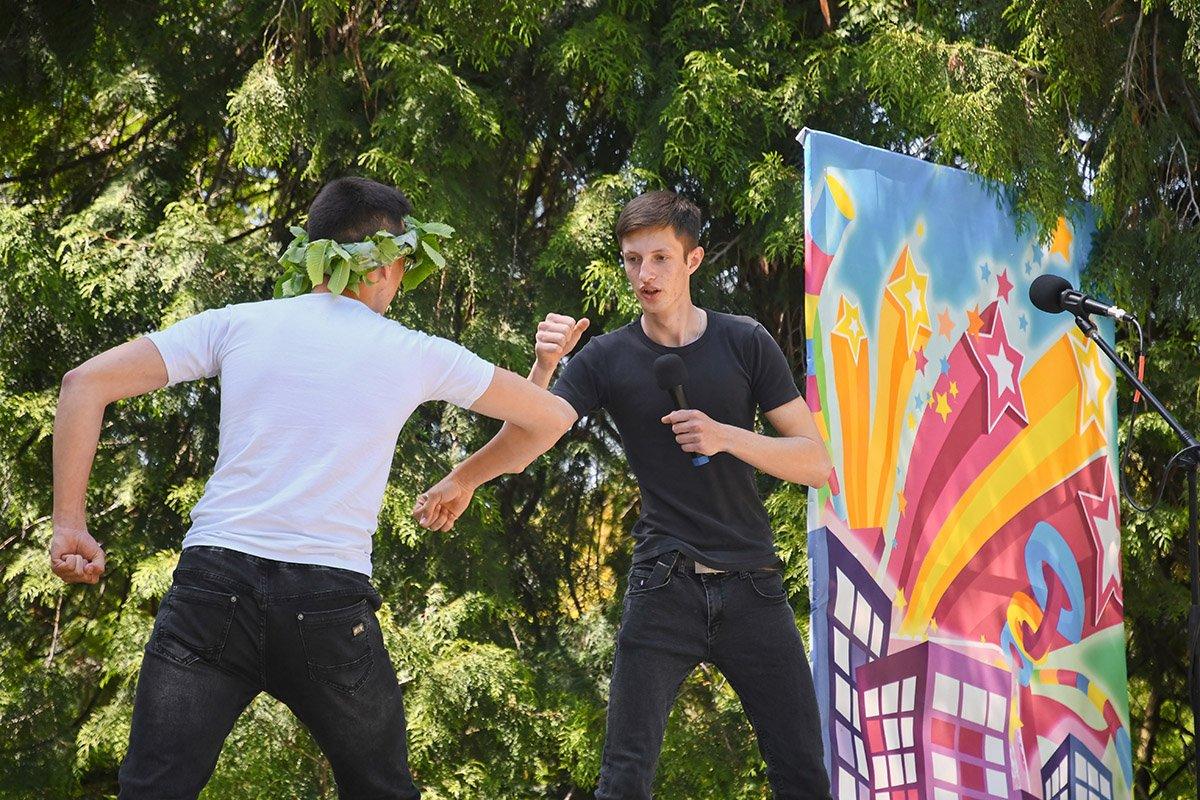 У Ботанічному саду відбулася студентська ліга гумору, фото-21