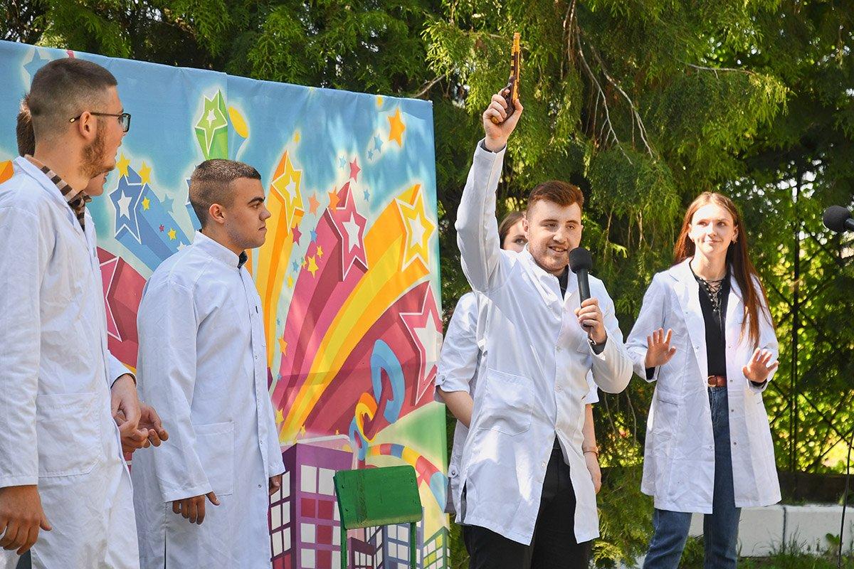 У Ботанічному саду відбулася студентська ліга гумору, фото-15
