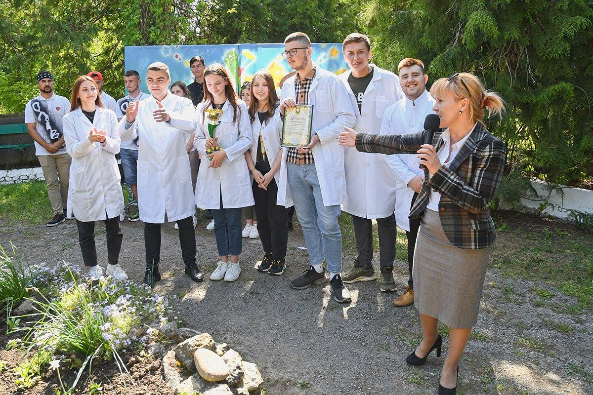 У Ботанічному саду відбулася студентська ліга гумору, фото-9