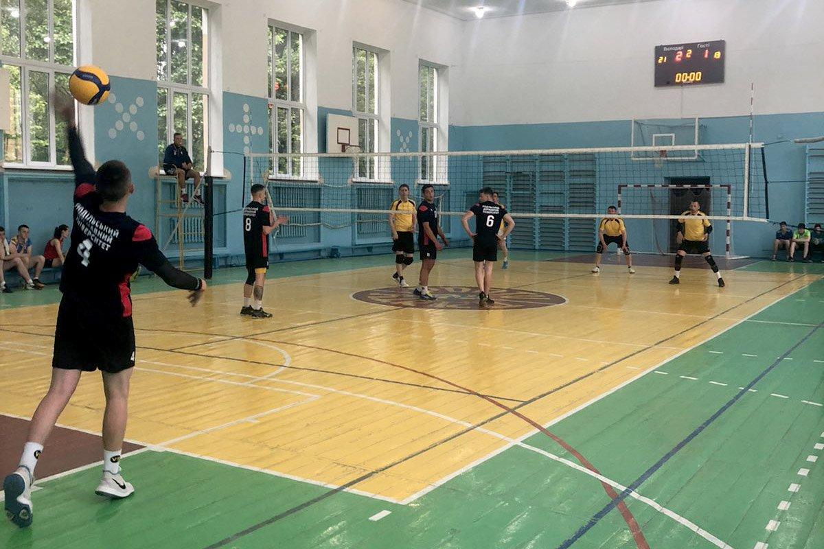 Команда ПДАТУ здобула перемогу з паркового волейболу, фото-5