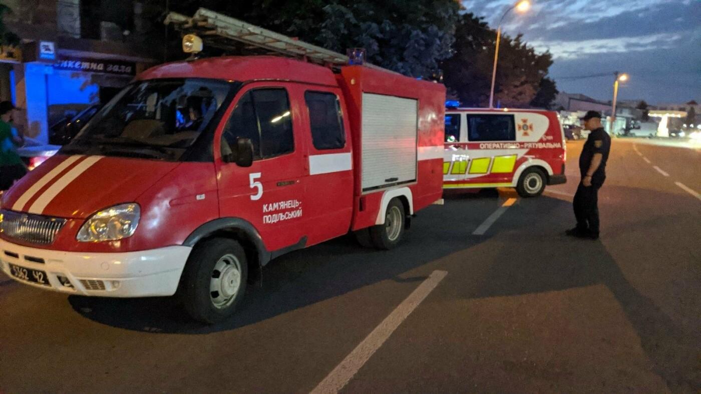 """ДТП  біля ринку, Фото: """"Служба порятунку 101 Кам'янець-Подільський"""""""