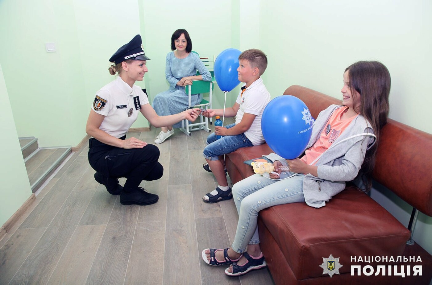 На Кам'янеччині розпочав роботу фронт-офіс, Фото: Кам'янець-Подільське районне управління поліції