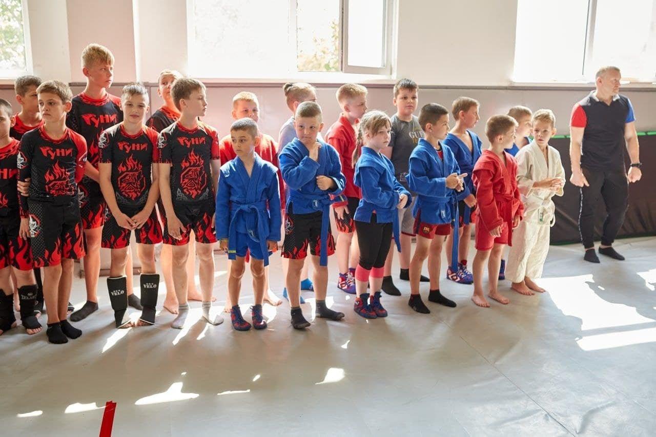 Чемпіонат зі змішаних єдиноборств, Фото: пресслужба ДГП відділу молоді та спорту К-П міської ради