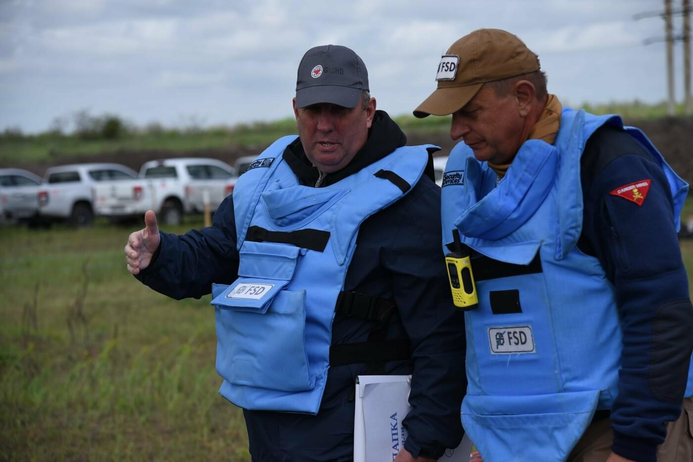 У Кам'янці сертифікували організацію, що займається протимінною діяльністю, фото-8, Фото: пресслужба Військової частини А2641